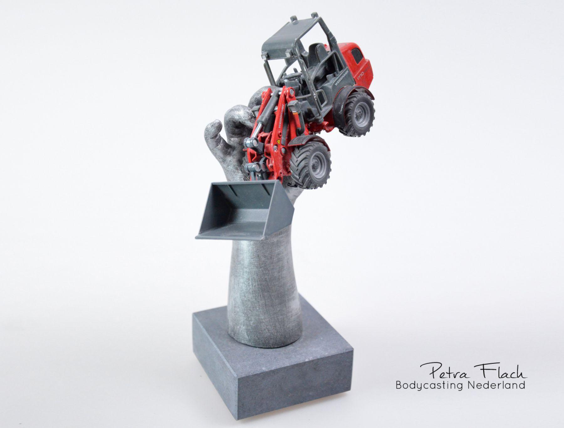 Bodycasting-lifecasting-handbeeld-hand-kinderhand-beeld-3D-casting-petraflach-handafdruk-reeuwijk-speelgoed